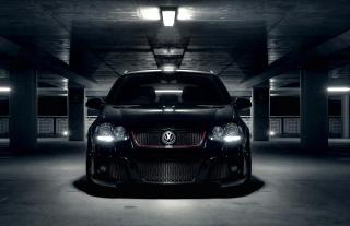 Volkswagen Golf in Parking - Obrázkek zdarma pro Samsung Galaxy Ace 3
