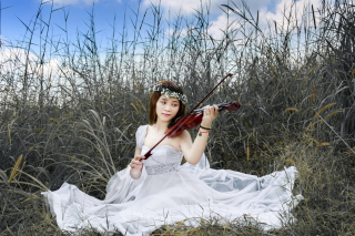 Asian Girl Playing Violin - Obrázkek zdarma
