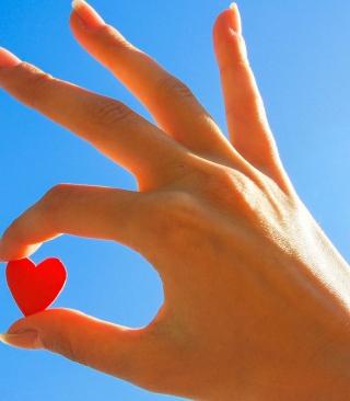 Little Red Heart - Obrázkek zdarma pro Nokia X6