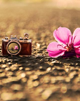 Macro Camera and Flower - Obrázkek zdarma pro Nokia Lumia 620