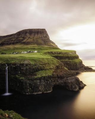 Gasadalur west side Faroe Islands - Obrázkek zdarma pro Nokia 206 Asha