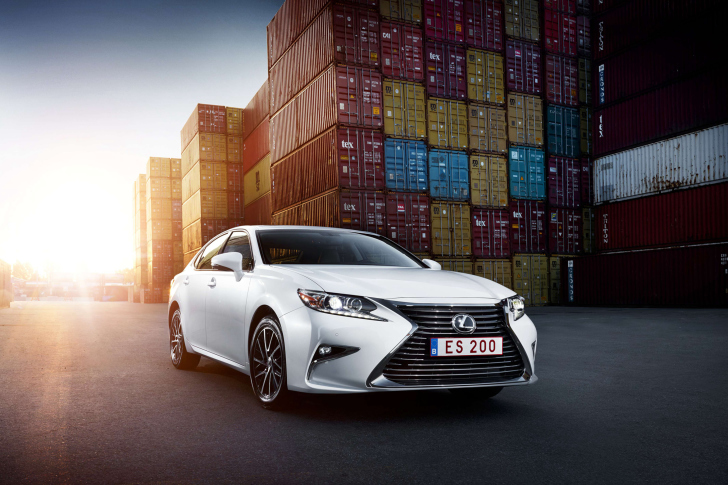 Lexus ES 200 White wallpaper