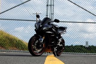 Yamaha R6 - Obrázkek zdarma pro 1152x864