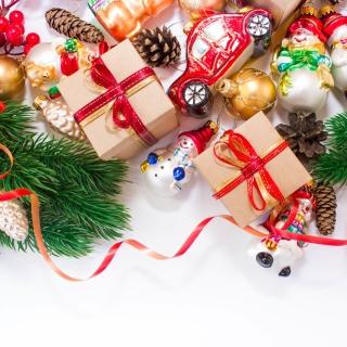Christmas Tree Toys - Obrázkek zdarma pro 2048x2048