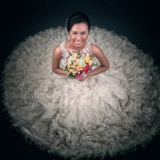Happy Bride - Obrázkek zdarma pro 1024x1024