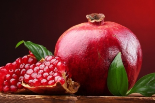 Ripe fruit pomegranate sfondi gratuiti per cellulari Android, iPhone, iPad e desktop