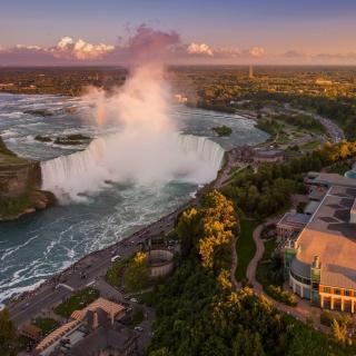 Niagara Falls in Toronto Canada - Obrázkek zdarma pro iPad