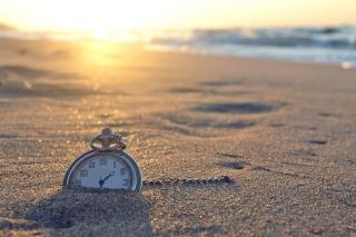 Lost Time - Obrázkek zdarma pro Samsung Galaxy Tab 4 8.0